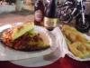 Tipicità barese: fcazz e birr (focaccia e birra) con panzerotto